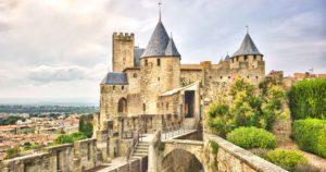 Carcassonne la cité médiévale. VTC Pamiers Foix Andorre Carcassonne, Castres, Narbonne depuis ou vers Toulouse.